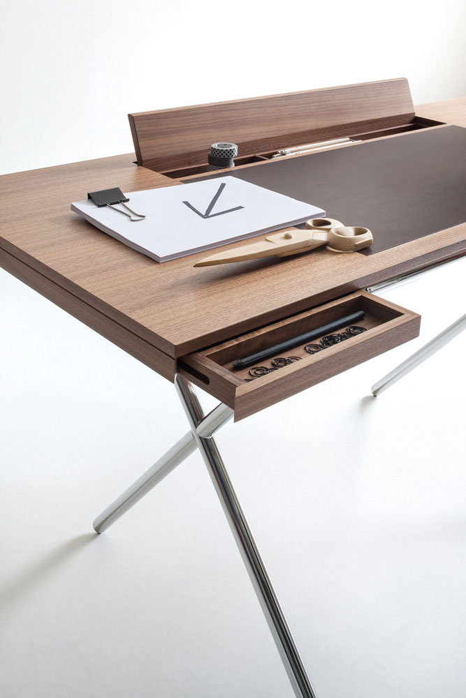 novelist desk by lema