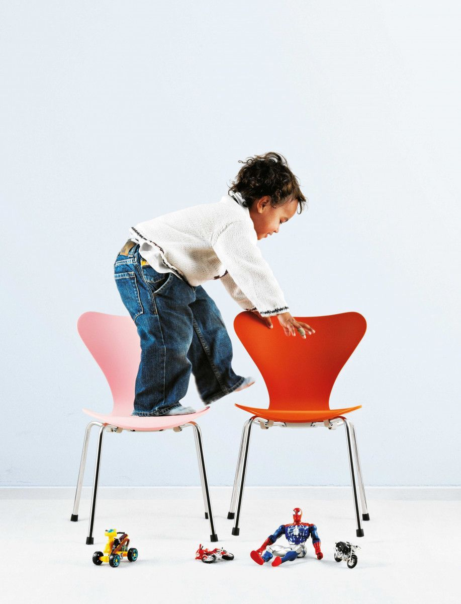 Sedia Serie 7 child, design Arne Jacobsen, Fritz Hansen 1955
