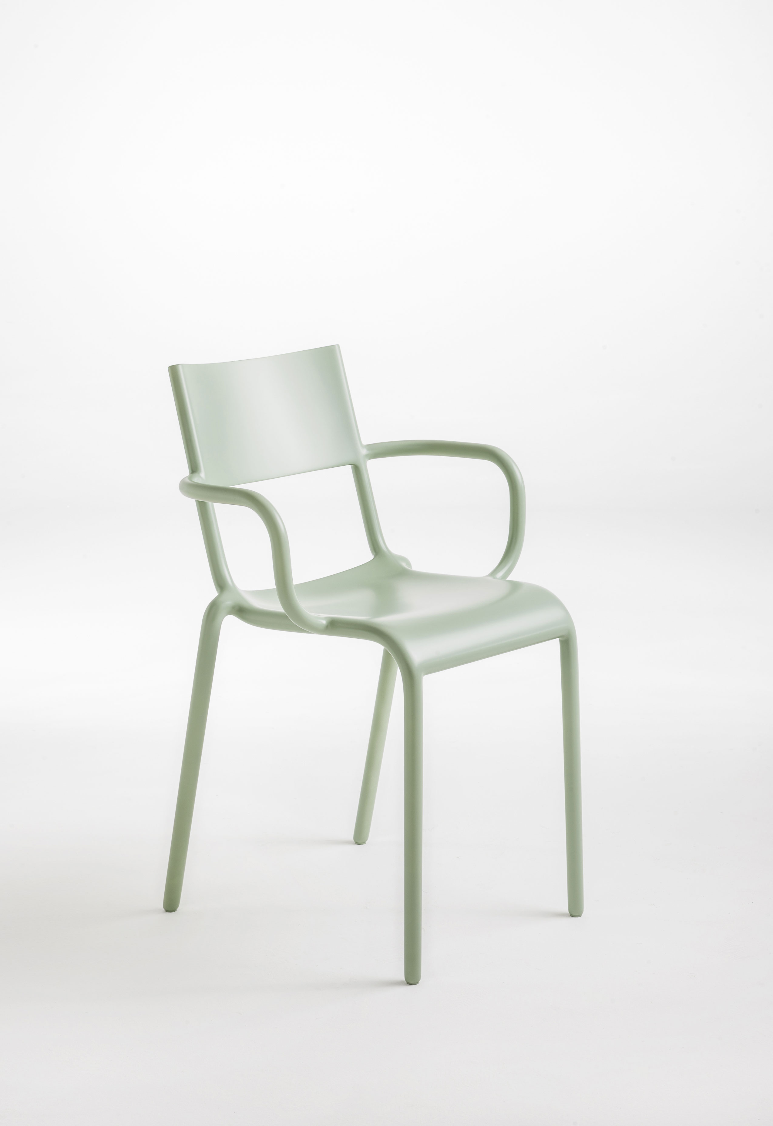 generic chair kartell
