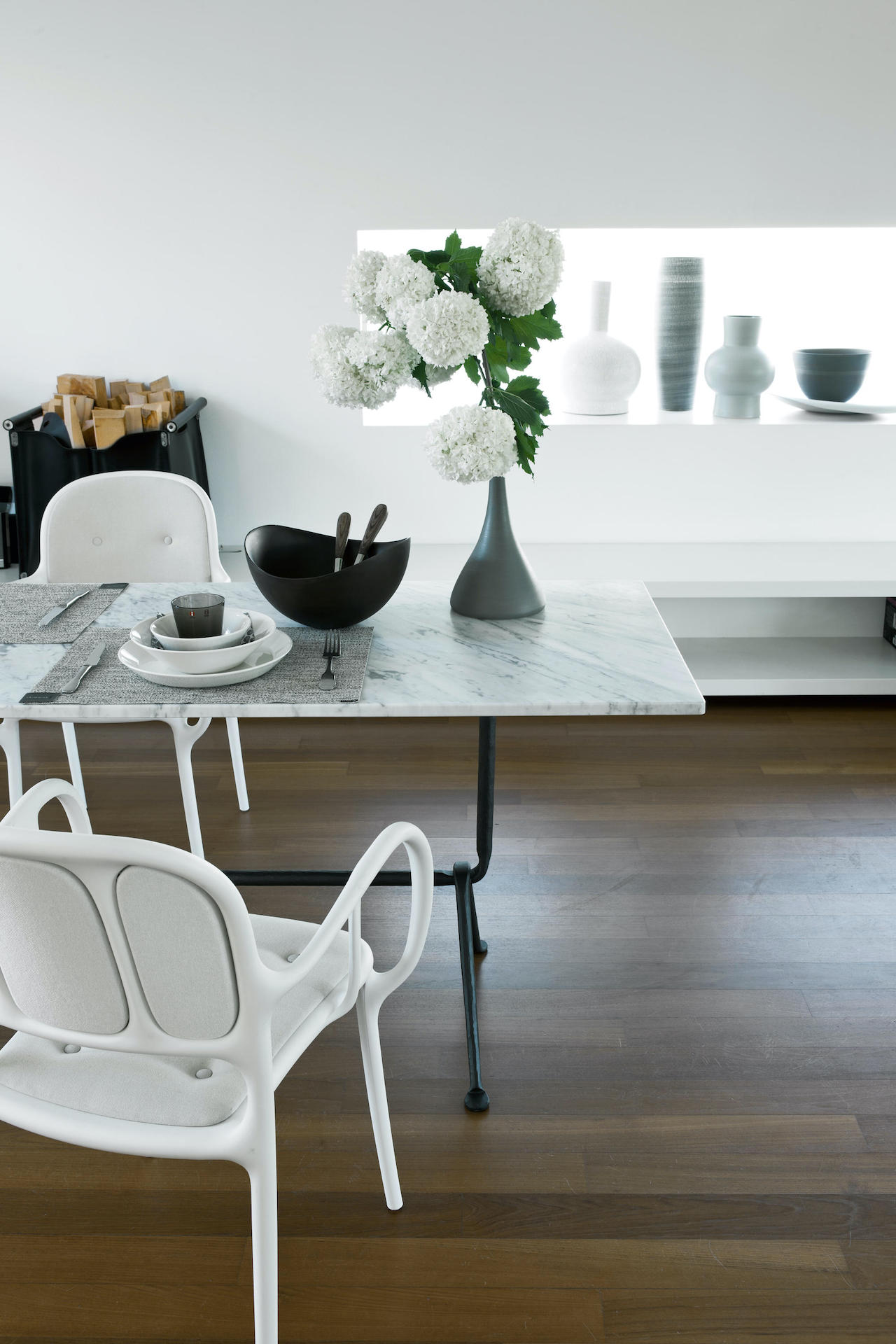 Table Officina collection, design Ronan e Erwan Bouroullec, Magis
